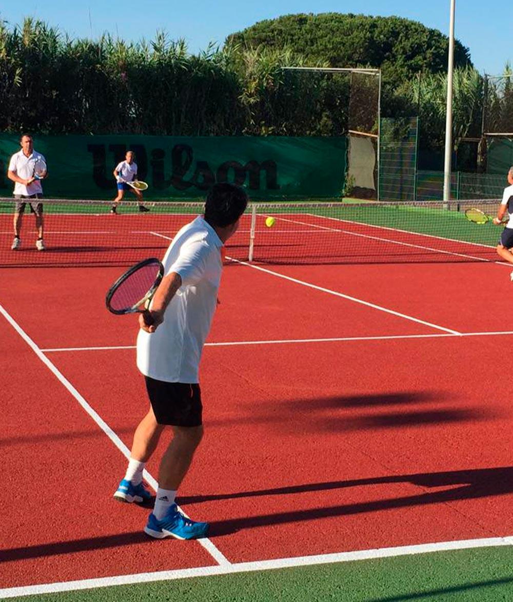 Escuela-de-tenis-y-padel-Club-La-Barrosa Chiclana de la Frontera, Novo Sancti Petri Cádiz. 2